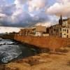 Alghero den muromgärdade staden på västkusten