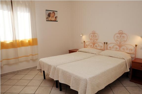 Lägenhet i Cannigione med terrass, havsutsikt och rymligt kök