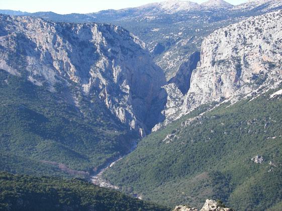 En av Europas största canyon, dalen Gorropu